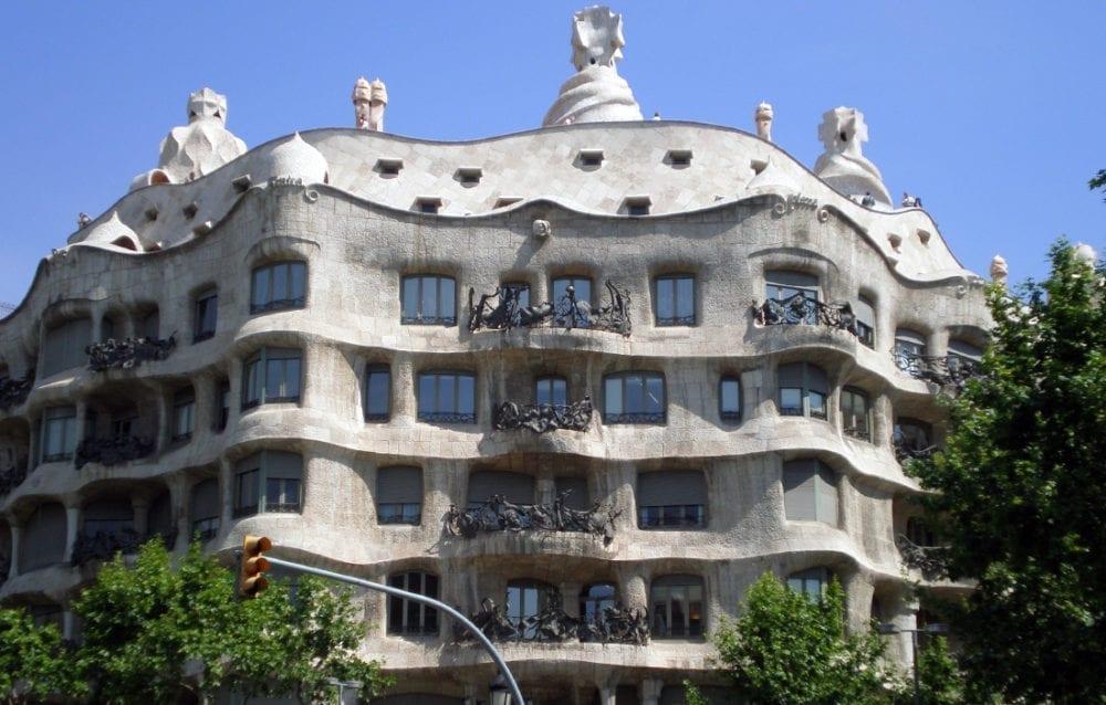 la pedrera Les Chefs D'œuvre De Gaudí