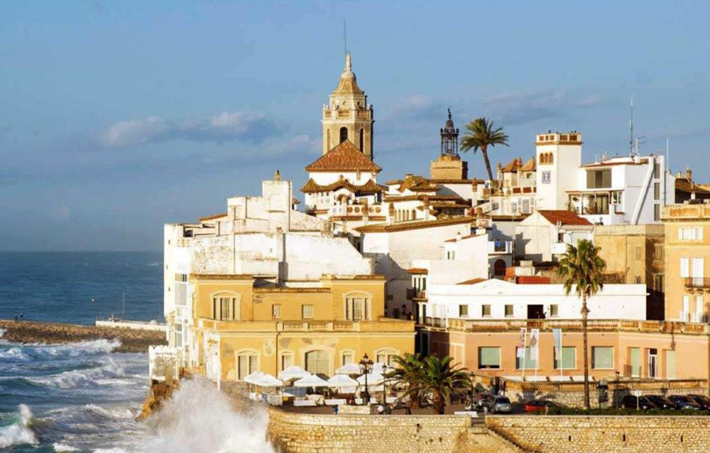 Montserrat Sitges private tour