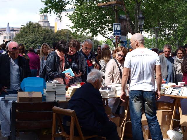 books stalls Ramblas Barcelona April 23 Día Internacional del Libro